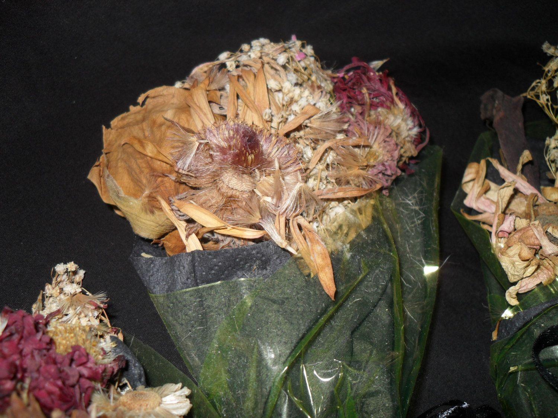 Dead Flower Bouquet 700 Via Etsy A Brilliant Idea A Dead