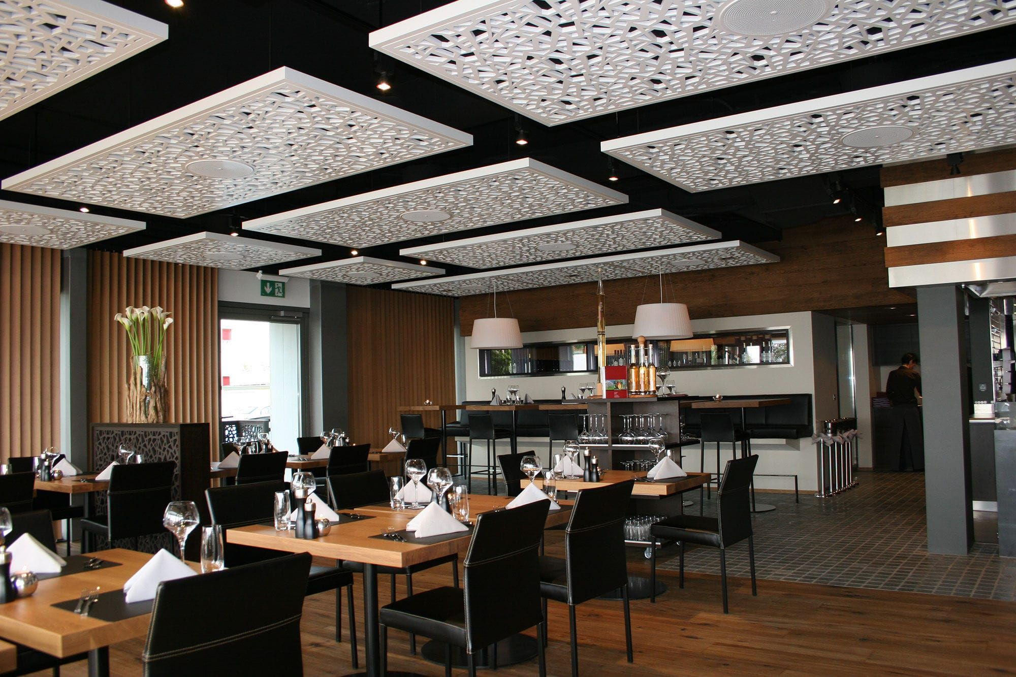 Panneau acoustique en mdf pour faux plafond perfor for Panneau exterieur restaurant