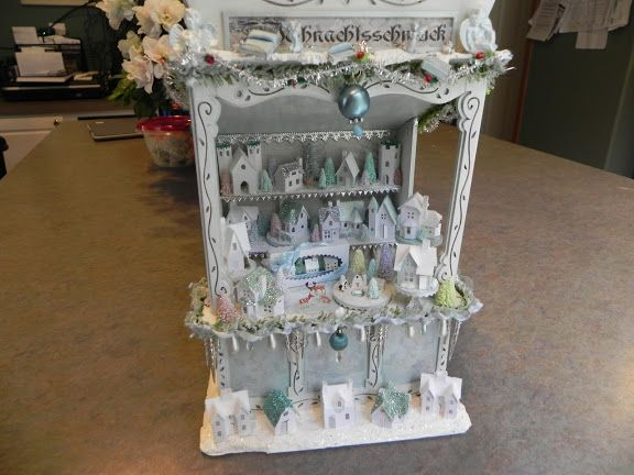 Market stall by Beverly Lowder. Photo by Angelika Oeckl - Picasa Webalbums