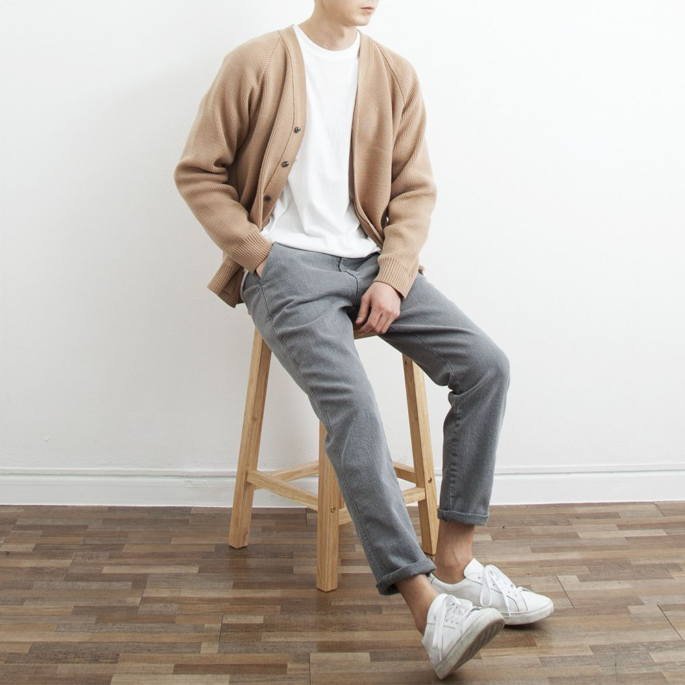 Pin By Aimalkhuzairy On Class In 2020 Minimalist Fashion Men Mens Casual Outfits Mens Clothing Styles