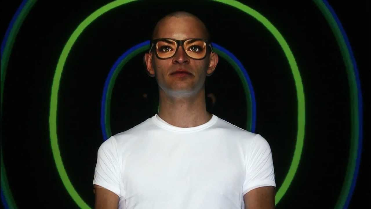 Explore Your Dual World - Human Face Video Mapping Samsung Galaxy Y Duos launch