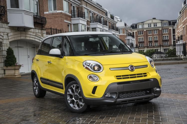 2014 2015 Fiat 500l Recalled After Tests Show That Airbags May