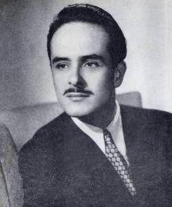 Alberto Gonzale Rubio . Cubano, uno de los actores mas famosos de las radionovelas cubanas. Hermosa voz!