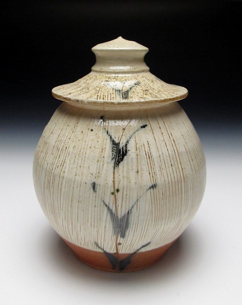 Brandon phillips woodfired lidded jar pottery with lids brandon phillips woodfired lidded jar love that jar shape and lid reviewsmspy