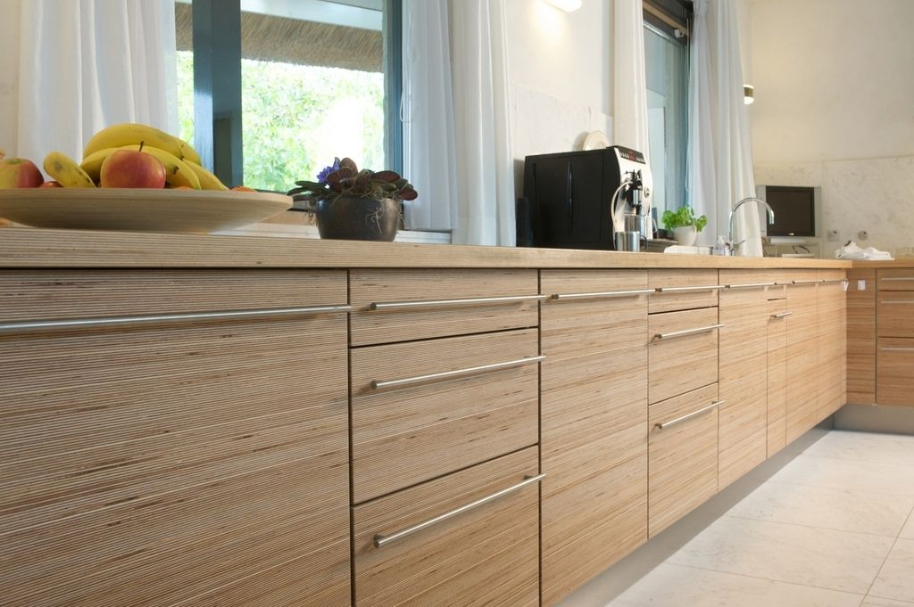 streamlined hardware on the white birch kitchen cabinets - Birch Kitchen Cabinet
