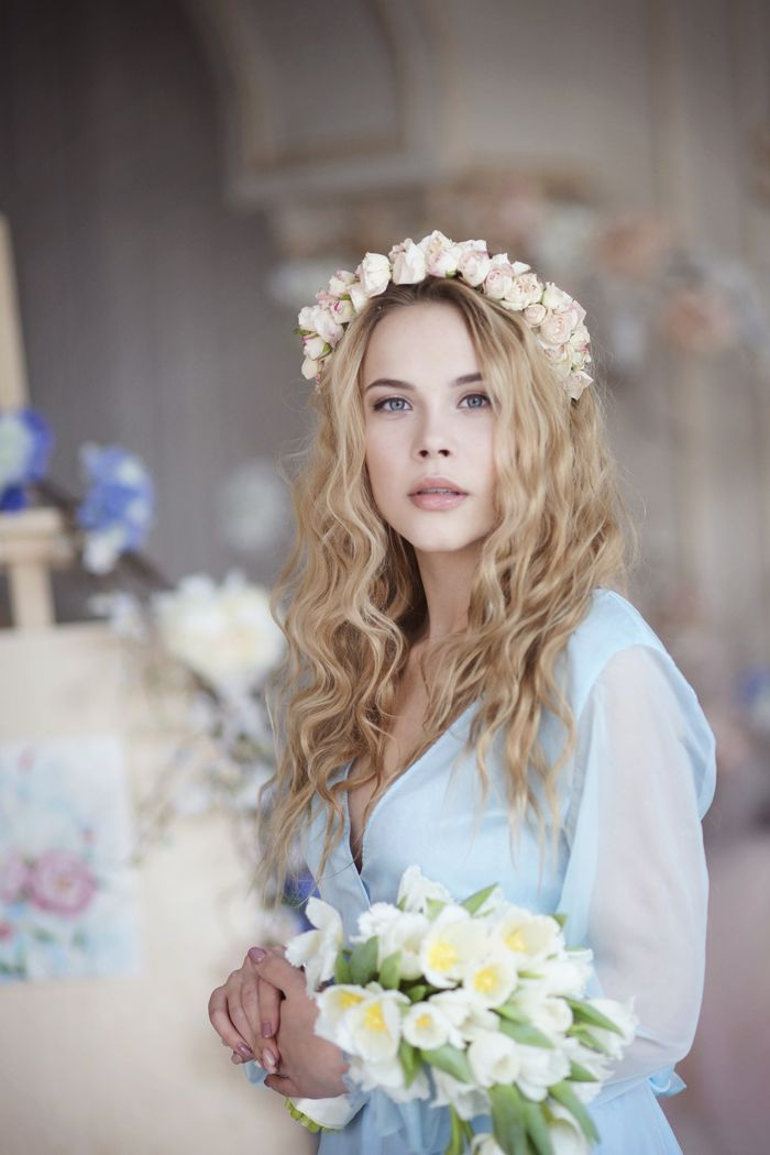 Morning Bride On Wedding Day - Wedding Inspiration shoot | Fab Mood #weddinginspiration""