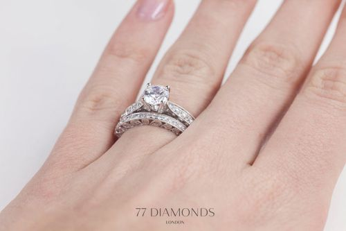 Grevinna engagement ring and matching eternity ring for a wedding
