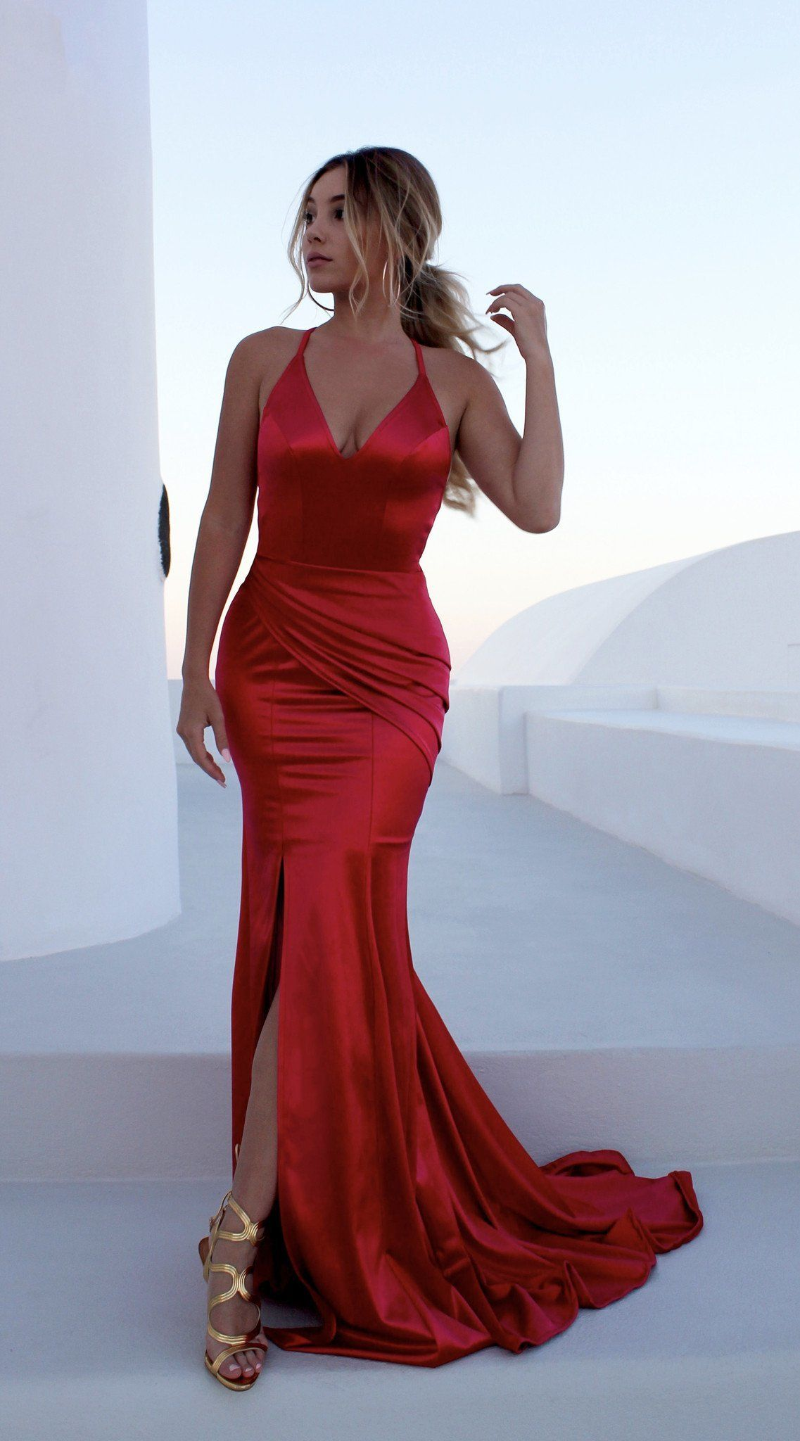 Sexy simple prom dressbackless prom dressv neckline s traps red