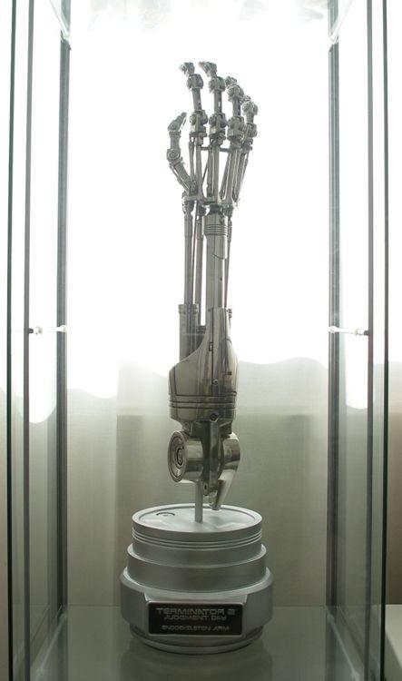 "21/""T 800 Endo Arm Terminator Sci-Fi Movies without Base Resin Model Kit 1//1"