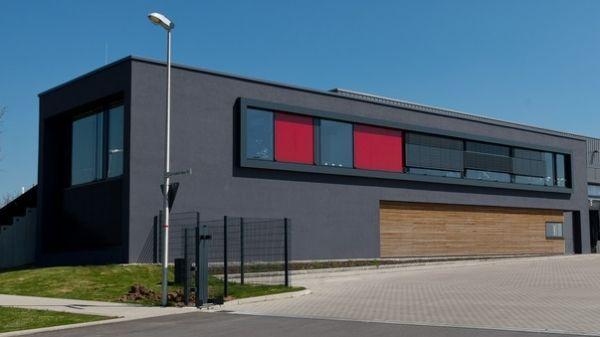 Fassadenfarbe Stocolor X Black Fur Dunkle Fassaden Putz Grau