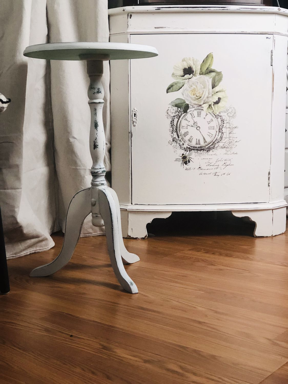 Spindle Leg Table With Sweet Pickins Milk Paint in Ocean ...