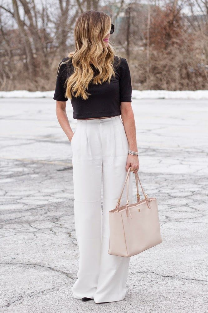 ec4678aa2 How to Wear Wide Leg Pants  This is How It s Done