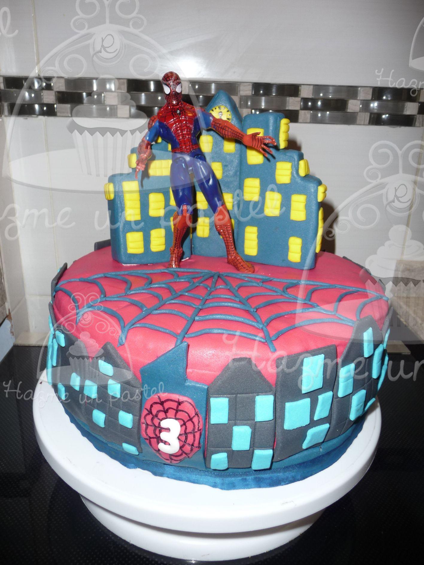 Spider man...en una torta... Seguinos en facebook... https://www.facebook.com/pages/Hazme-un-pastel/471162906326169