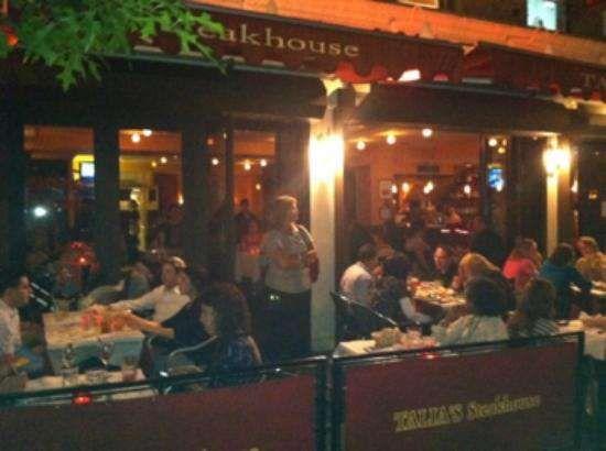Sidewalk Cafe I Outdoor Seating I Kosher Restaurant