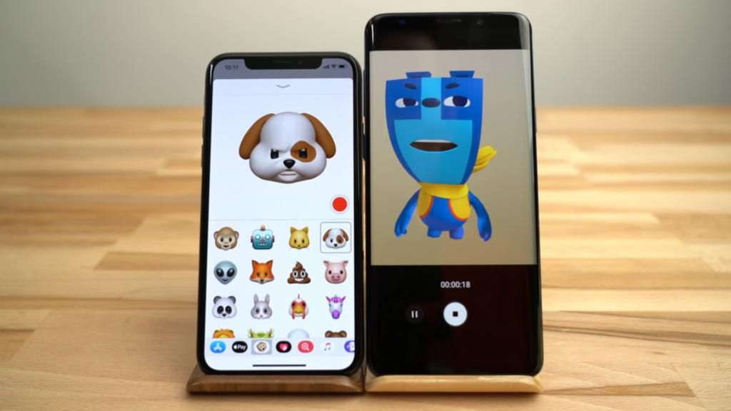 Video Reviews Feature Animoji In Iphone X Vs En Emoji In Galaxy S9 Plus Technology News World Iphone Galaxy Emoji