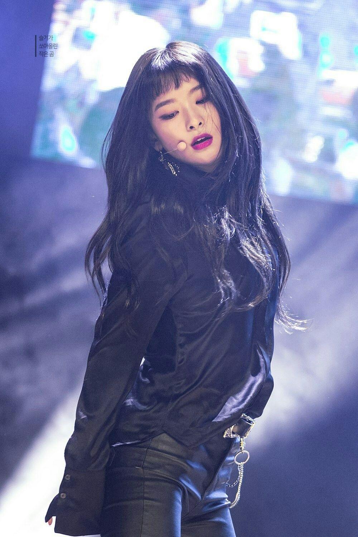 Pin By Andrew Benavides On B E A U T Y Red Velvet Red Velvet Seulgi Seulgi