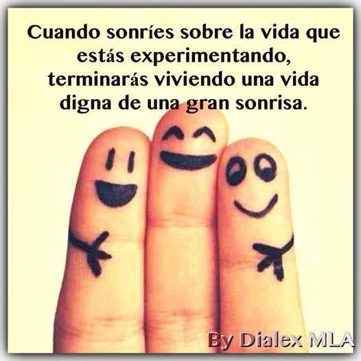 #Sonreir #Viviendo #Vida #Digna