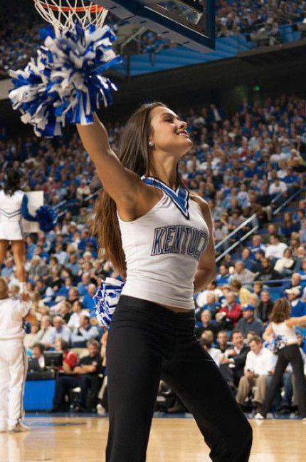 Kentucky Wildcats Cheerleaders Cheerleading Kentucky