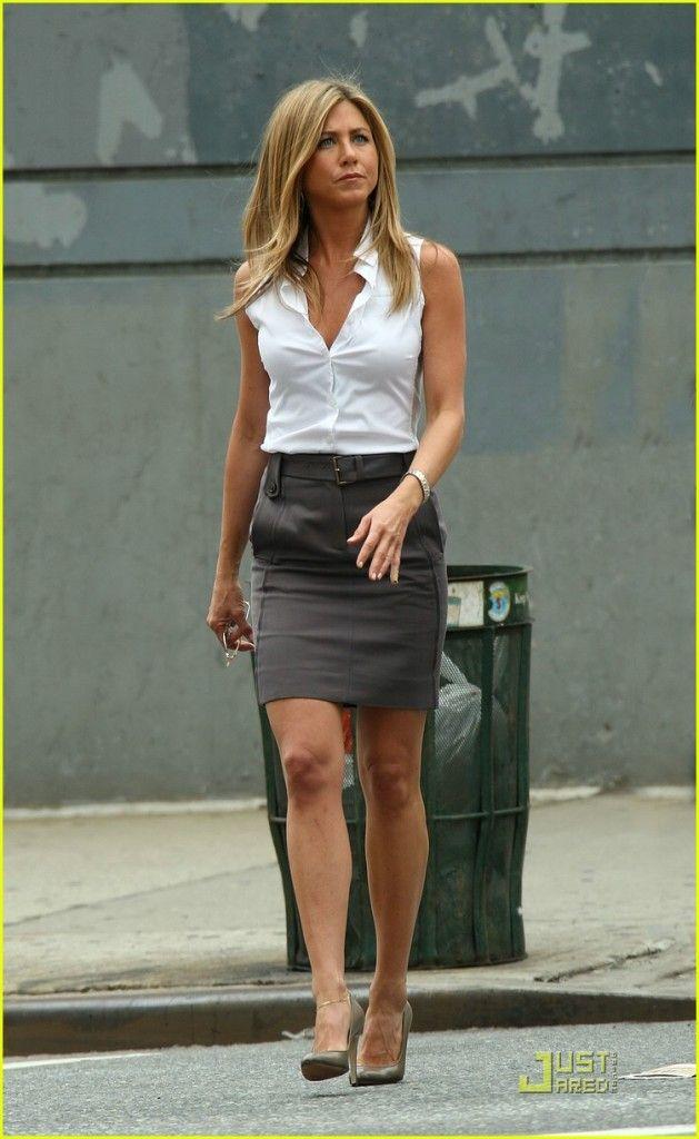 285e0840db1 Jennifer Aniston always gets it right  white cotton sleeveless blouse
