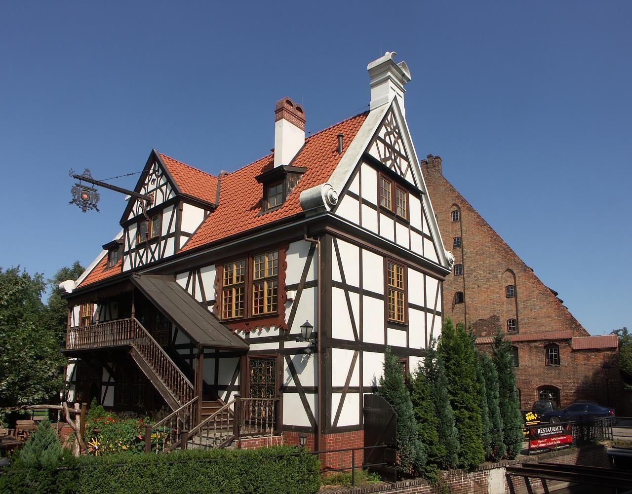 традиционные немецкие дома фото стеклянные фартуки для