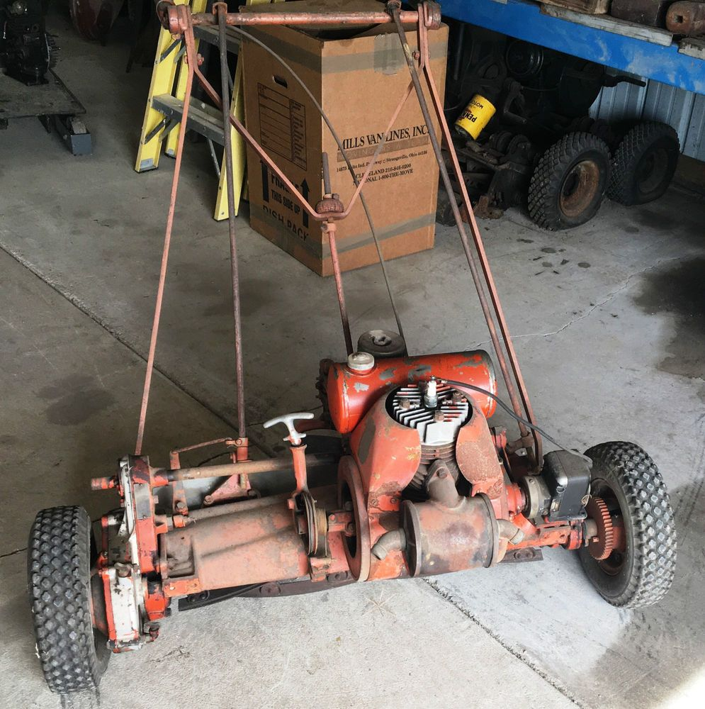 For Sale Is An Old Jacobsen 4 Acre Lawn Mower This Is The 2 Cycle Engine I Had The Engine Running 3 Years Ago But The Clutch Lawn Mower Reel Lawn Mower Mower