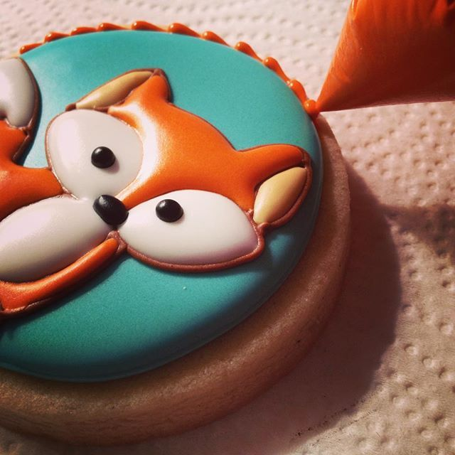 """Foxy lady! #buttercupcookie #babyshowercookies #babyshowerfavors  #foxcookies"" Photo taken by @buttercupcookie on Instagram, pinned via the InstaPin iOS App! http://www.instapinapp.com (03/02/2016)"