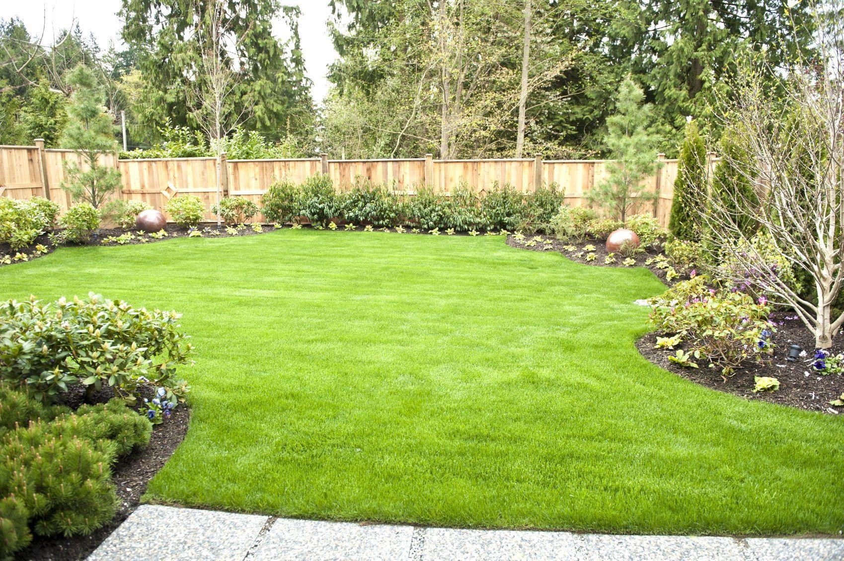 Garden Design Ideas Short Wide Backyard Awesome Spacious ...