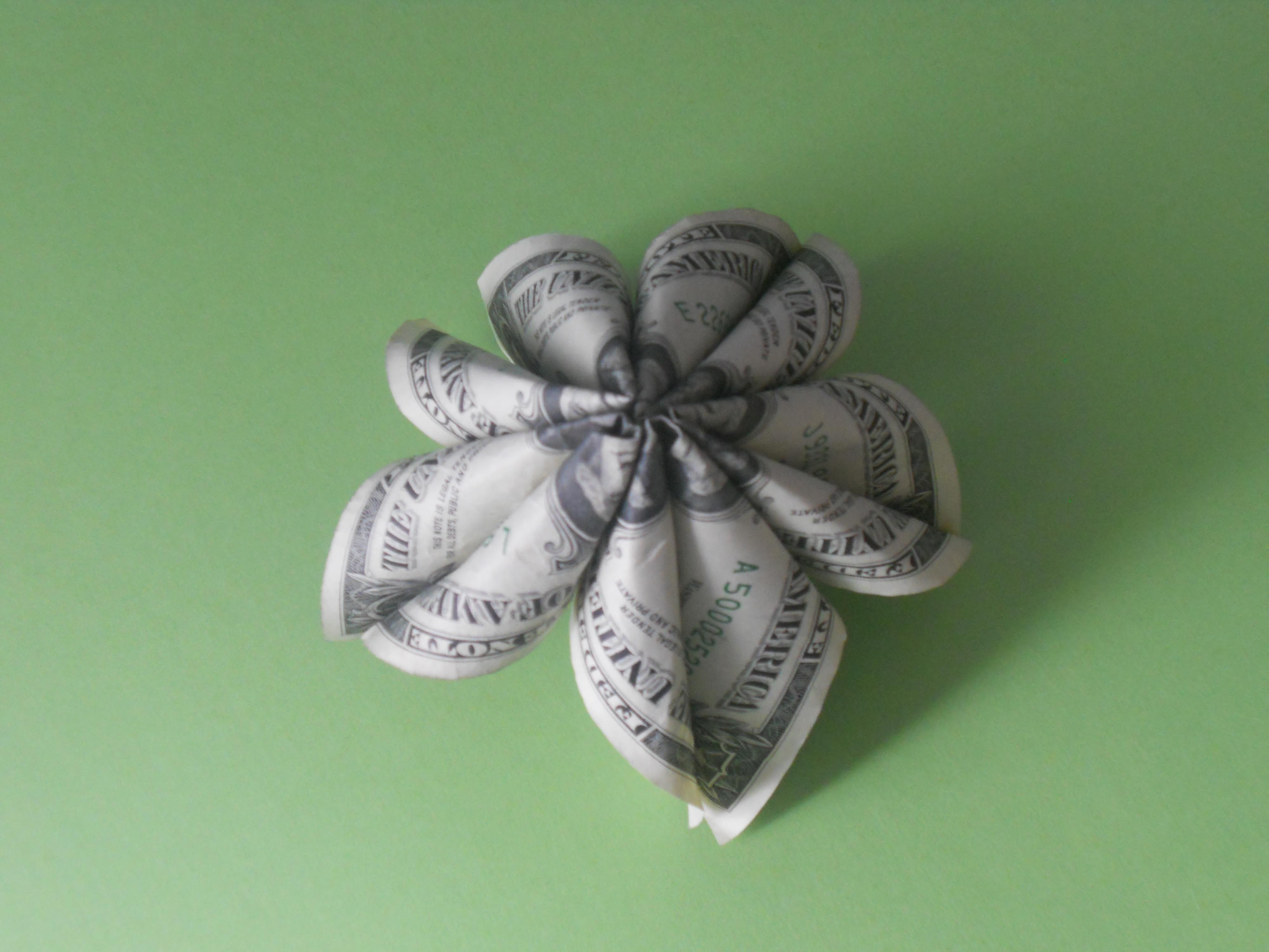 7 Steps To A Pretty Money Origami Kusudama Flower