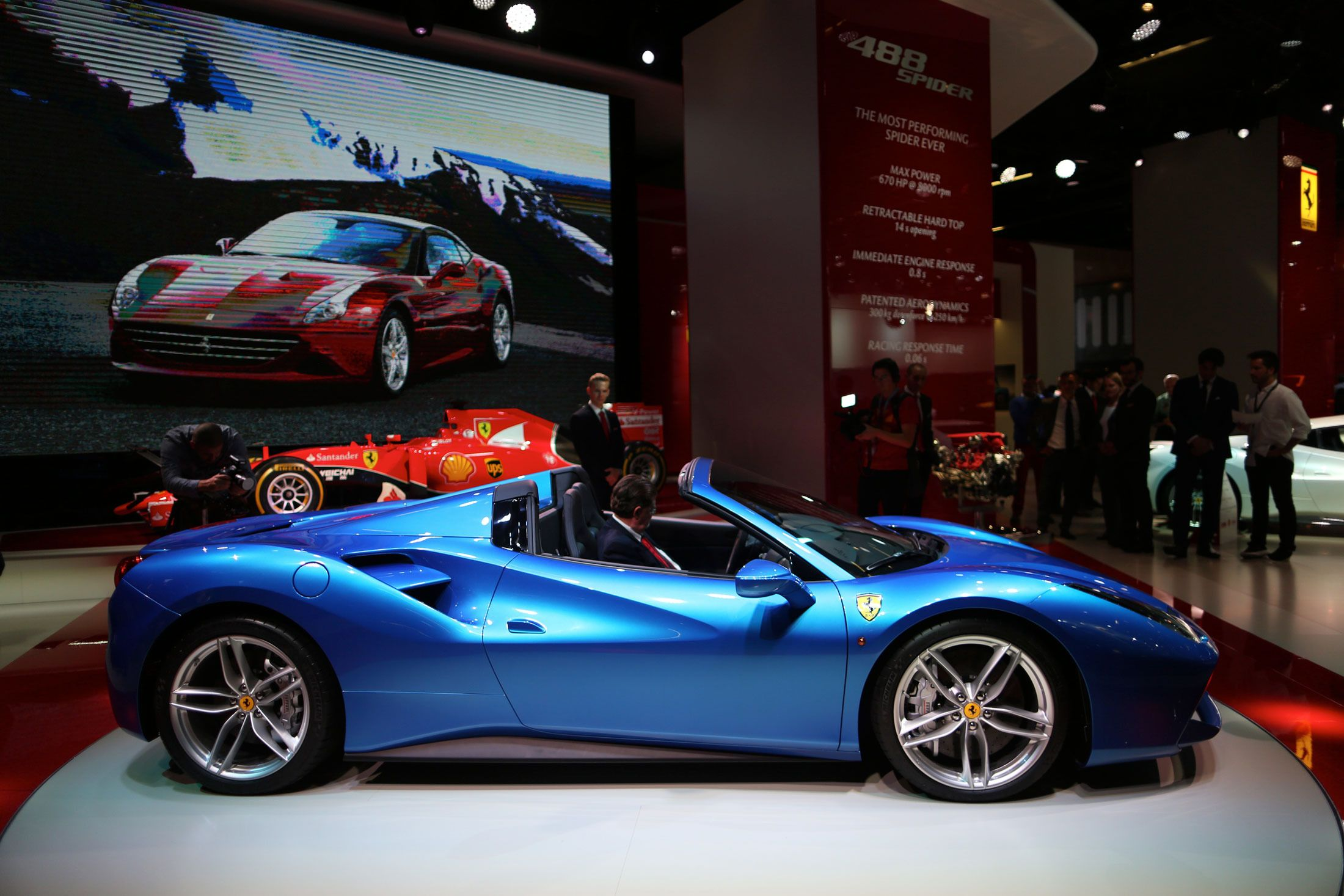The Most Thrilling Cars From the Frankfurt Motor Show, in Pictures #newferrari