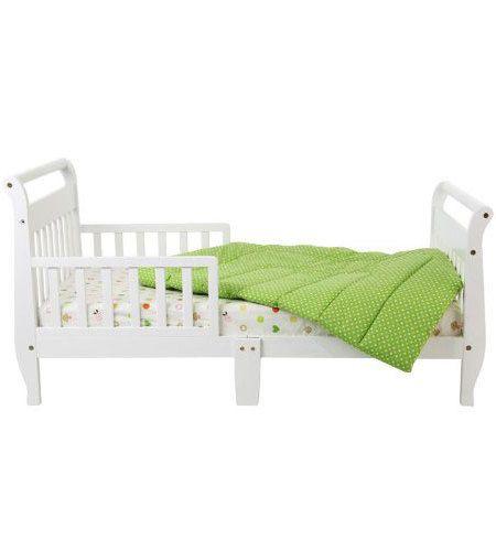 Toddler Bed With Green Blanket Designer