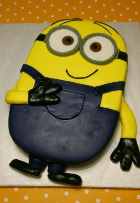 Minion-Torte | Motivtorten | Pinterest | Kuchen, Minion ...