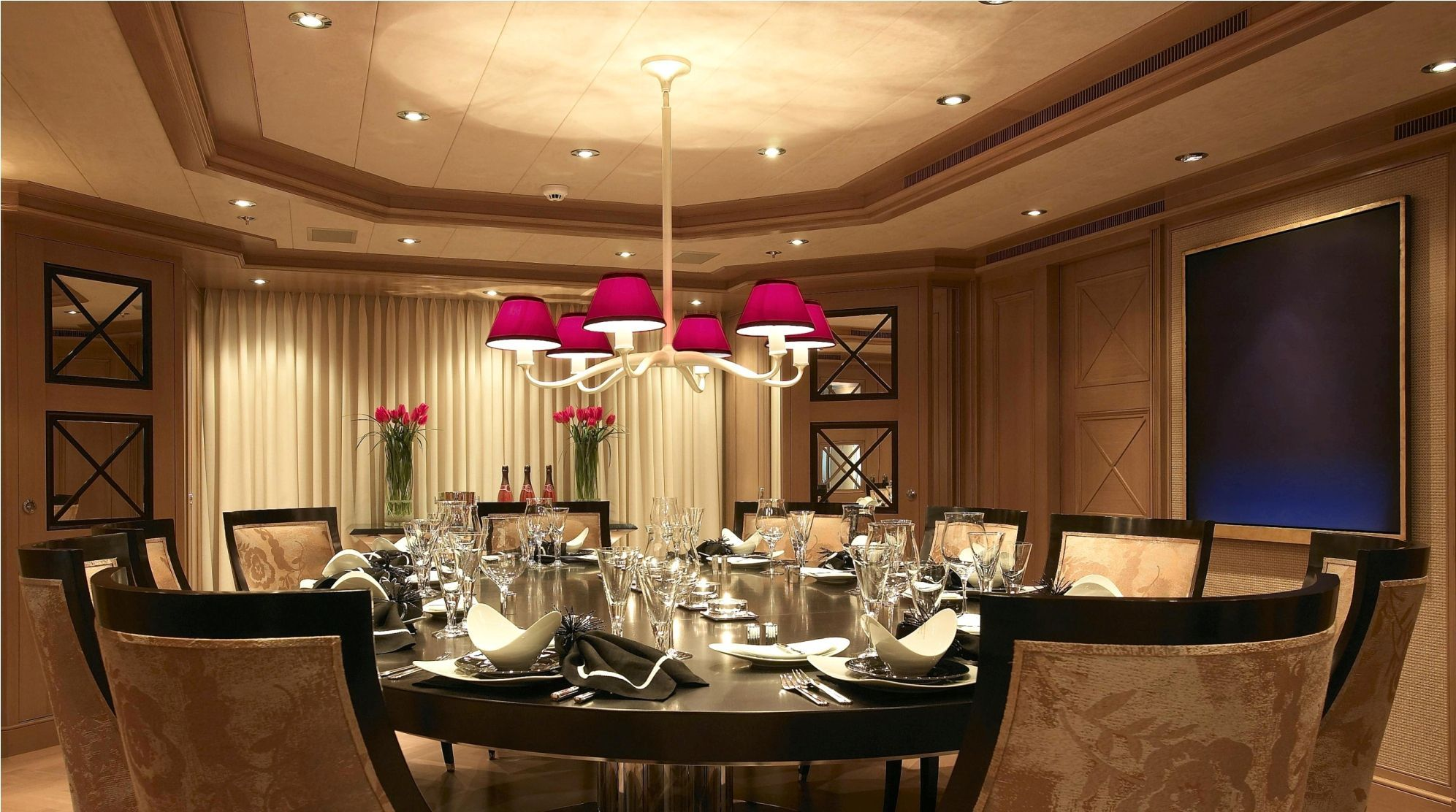 Delicieux Dining Room, Attractive Chandelier Hanging Above Large Chandelier With  Rounded Table Top Plus 10 Dining Chairs Applied In Elegant Dining Room  Design Also ...