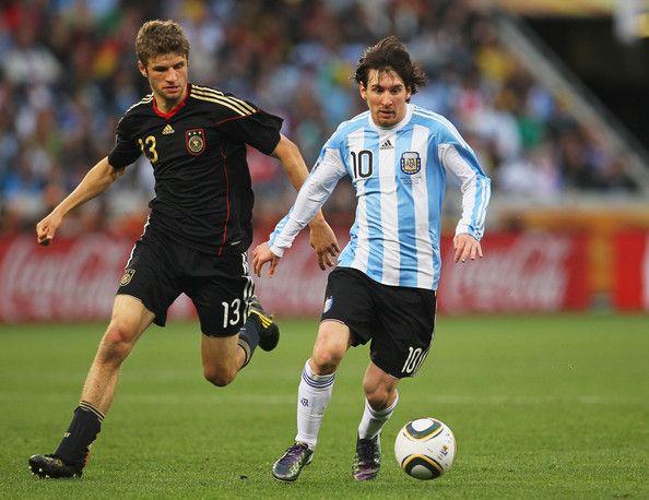 Lionel Messi Photos Photos Argentina V Germany 2010 Fifa World Cup Quarter Finals Lionel Messi Messi Leo Messi
