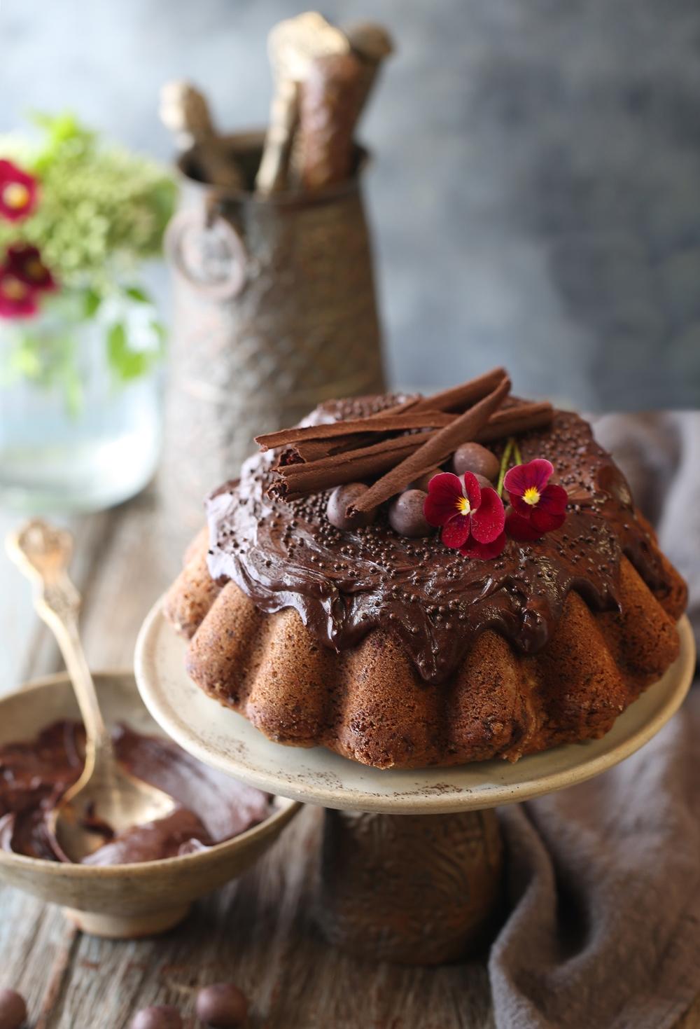 Eggless Wholewheat Coffee Chocolate Chip Cake