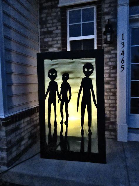 DIY Halloween Alien Crash Yard Decor Mama Say What?! Mama Say What