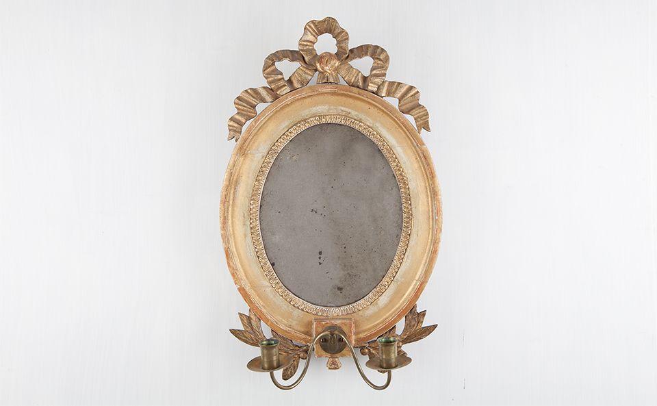 antiker Spiegel mit Kerzenhaltern | schwedische Möbel | Pinterest ...