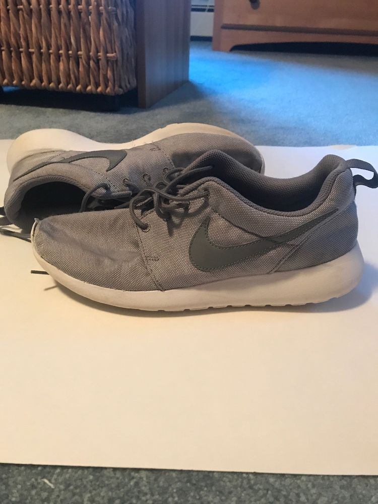2c62f90184f8 Nike Roshe Runs Grey And White Mens Size 8.5  fashion  clothing  shoes   accessories  mensshoes  athleticshoes (ebay link)