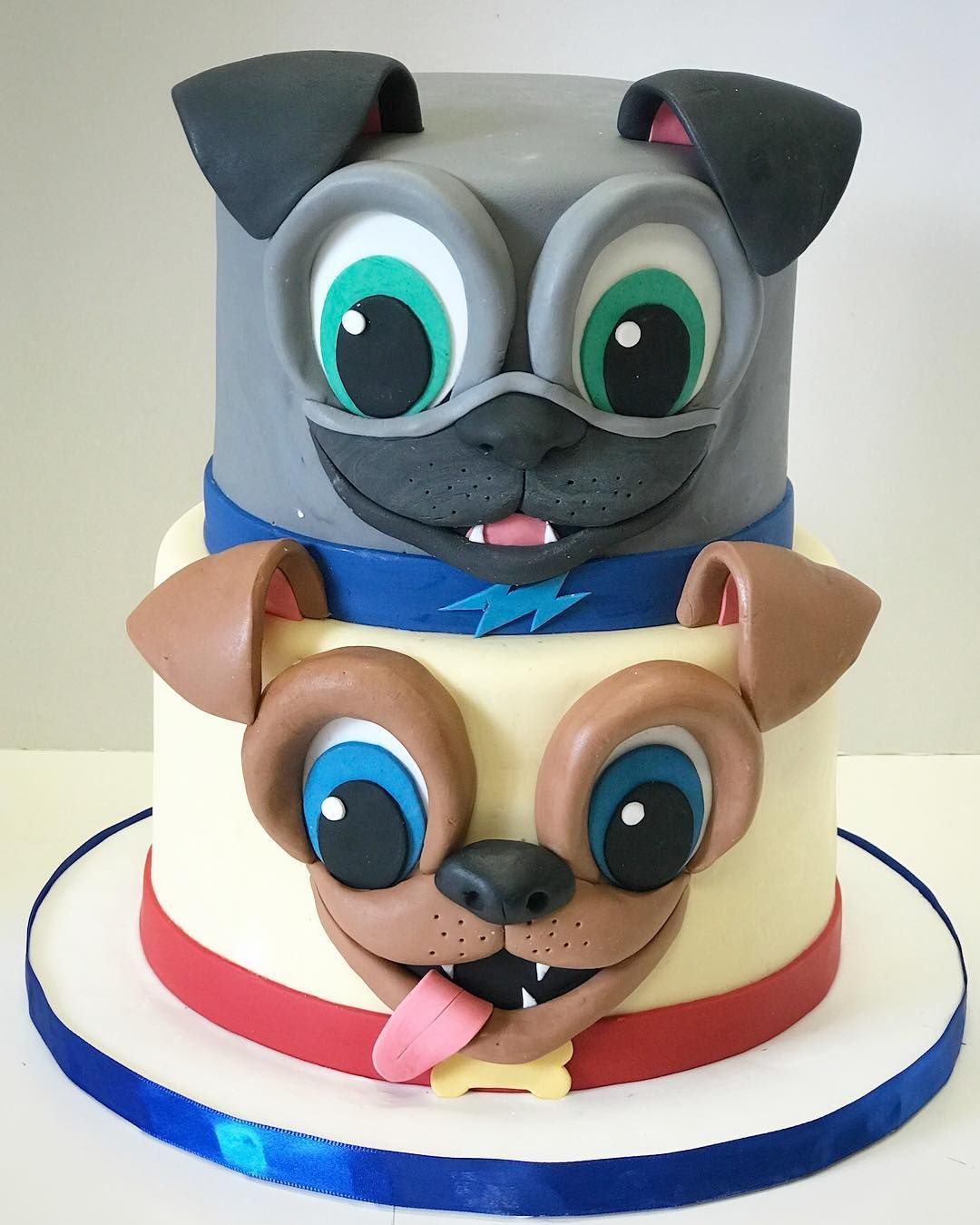 "A Cake Life on Instagram ""Puppy Dog Pals!!! With hand"