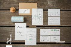 Faire-part de mariage rétro chic. Vert d'eau. Menthe. Tampon. Kraft. Wedding invitation mint. Réalisé par / Made by Les crâneuses - Wedding design.