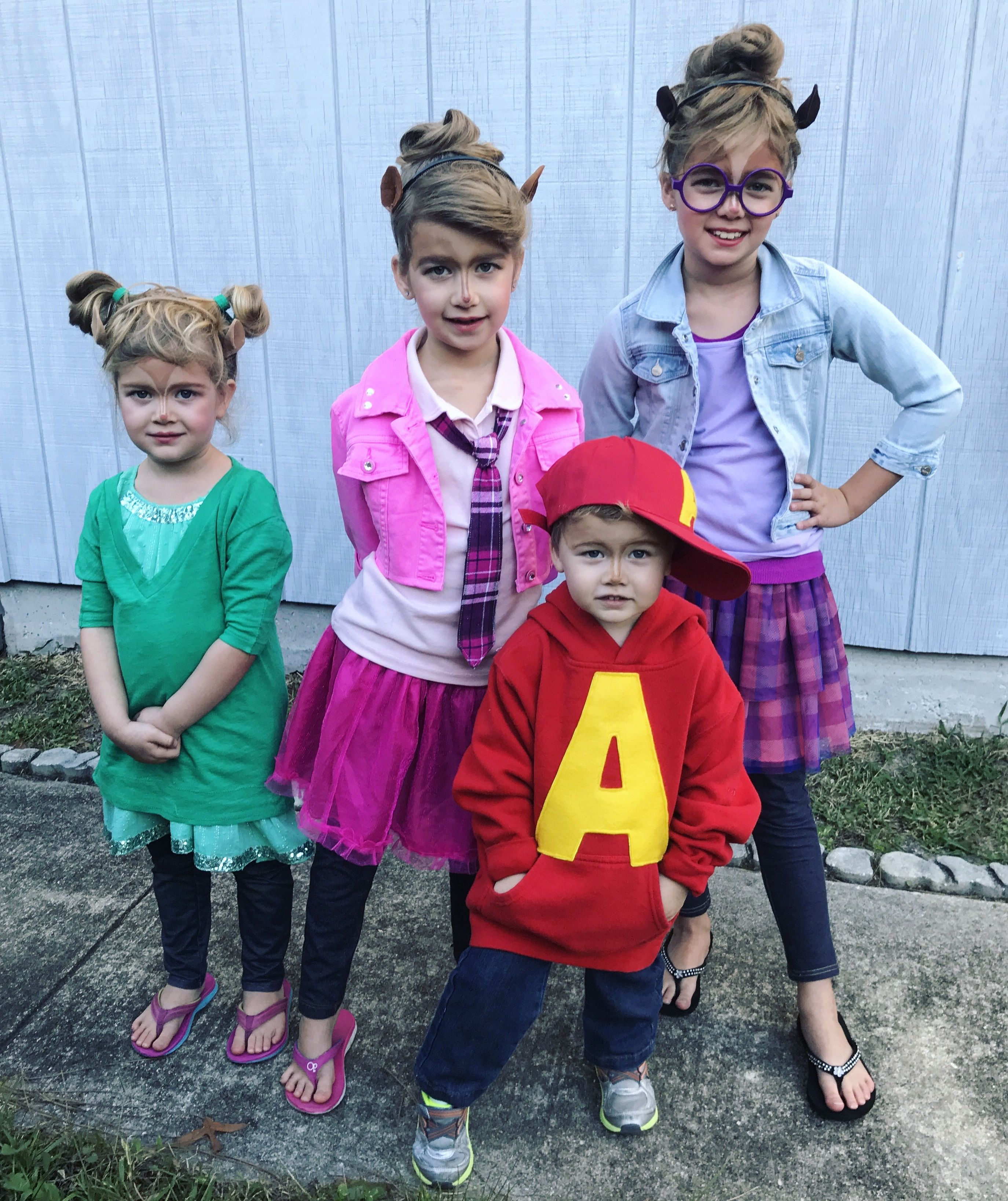 Alvin And The Chipmunks And Chipettes Costume Themed Halloween Costumes Cute Halloween Costumes Toddler Halloween Costumes