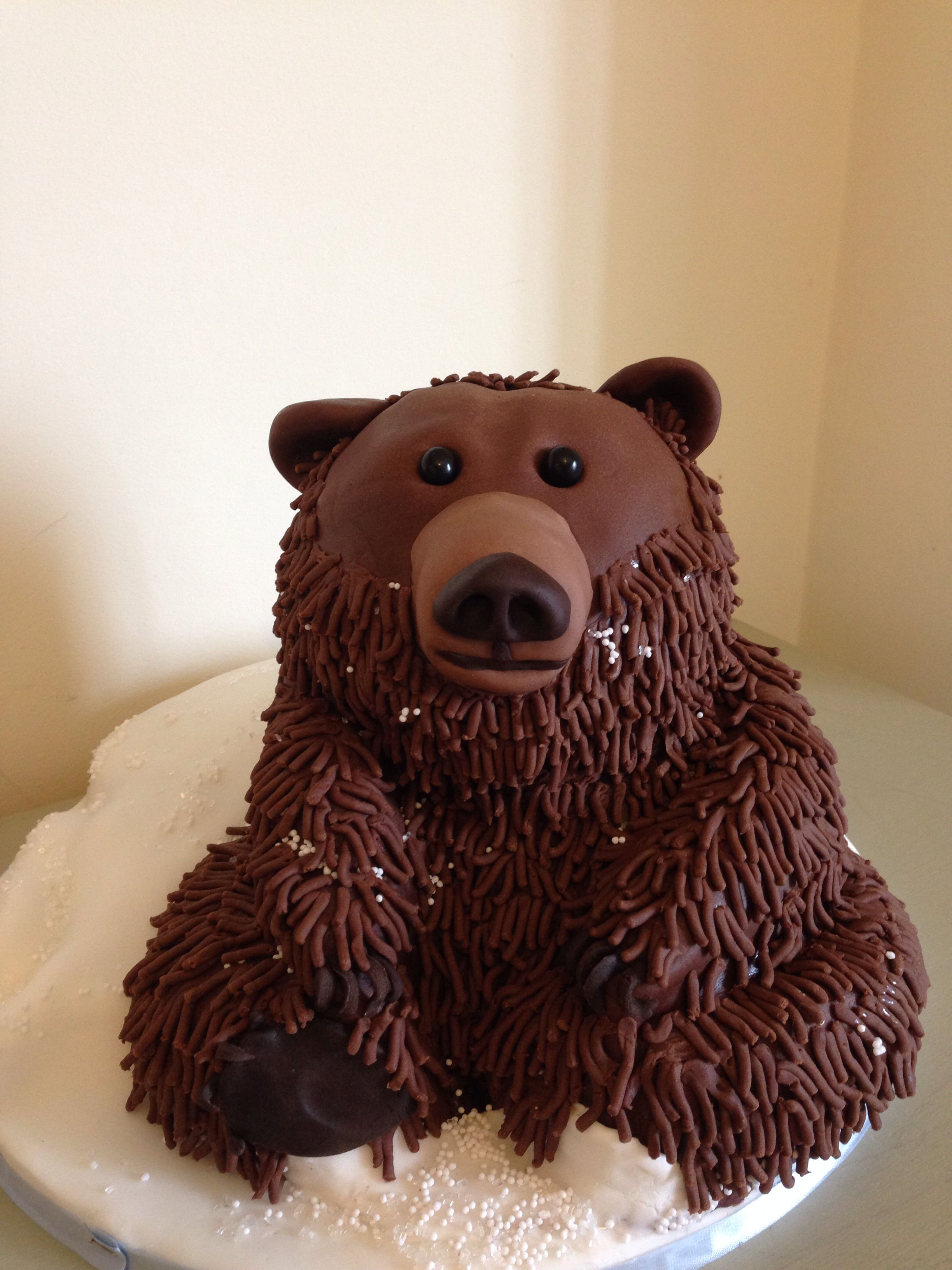 The Finished Grizzly Bear Cake Bear Cupcakes Bear Cakes