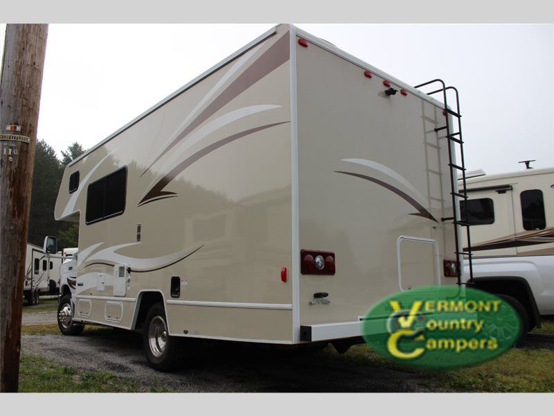 Used 2015 Winnebago Minnie Winnie 22R Motor Home Class C