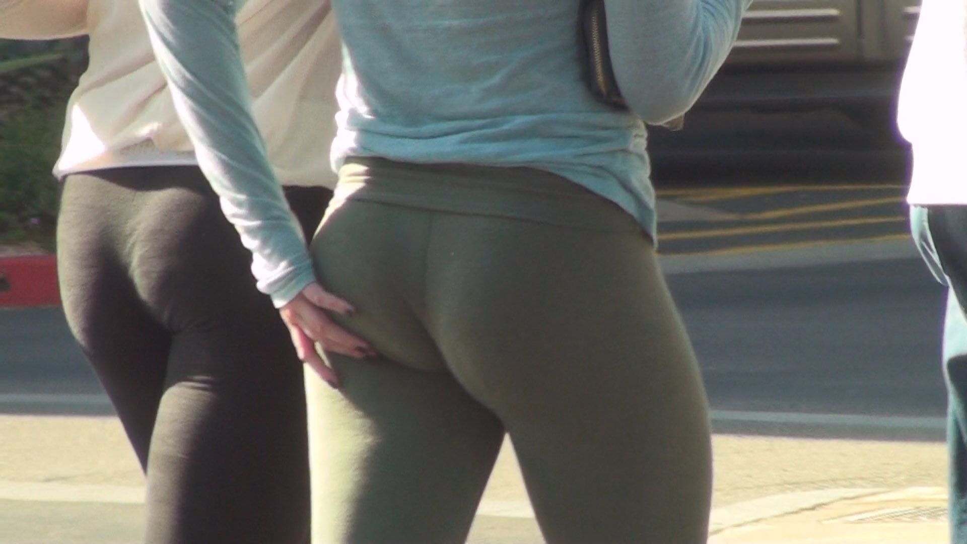 Yoga Pants Butt video at CandidBomb.com | Hot Girls in Yoga Pants ...