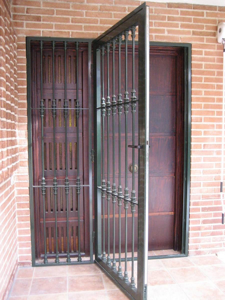 Cancela de hierro para puertas patio pinterest rejas ventanas puertas and ventanas - Puertas de hierro para patios ...