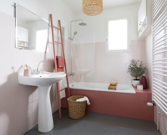 Peindre du carrelage id e de couleur pour repeindre - Repeindre salle de bain quelle couleur ...