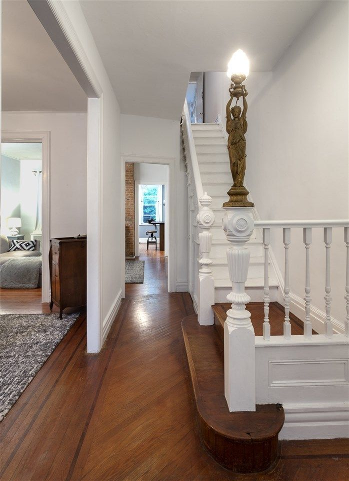 27 Garrison Ave Jersey City Nj 07306 House Design Jersey City Home