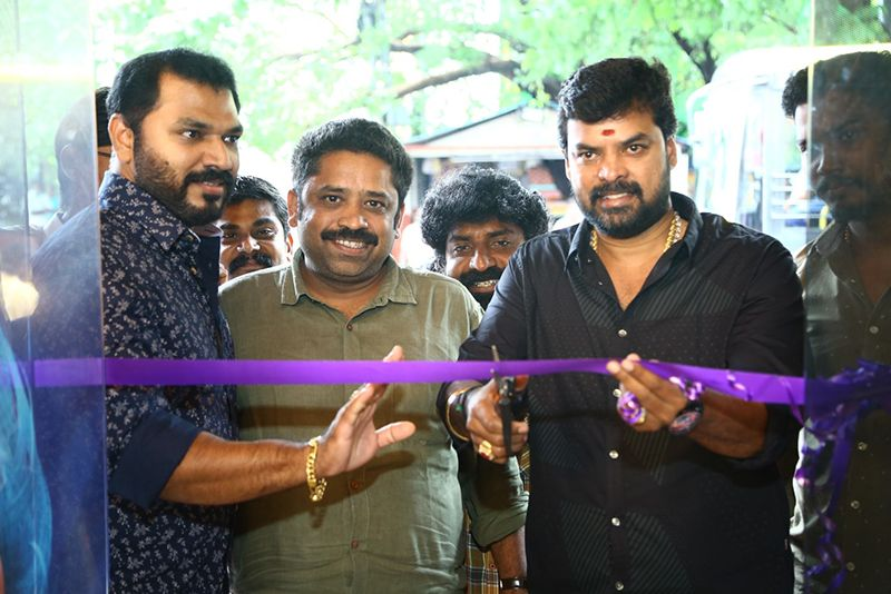 Director Seenu Ramasamy Inaugurate I Face Hair Dressing The Next Gen Unisex salon