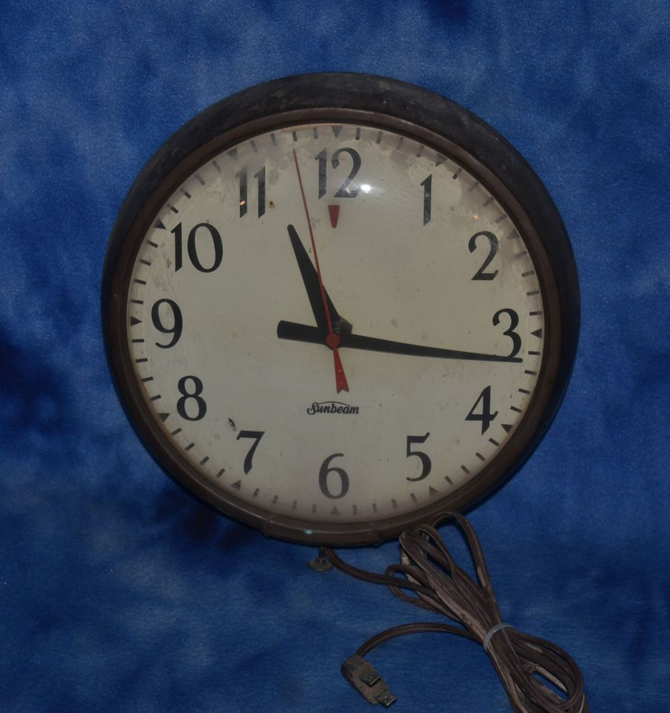 Vintage Sunbeam Electric Wall Clock With Real Glass Face 9 Diameter Sunbeam Wall Clock Clock Wall