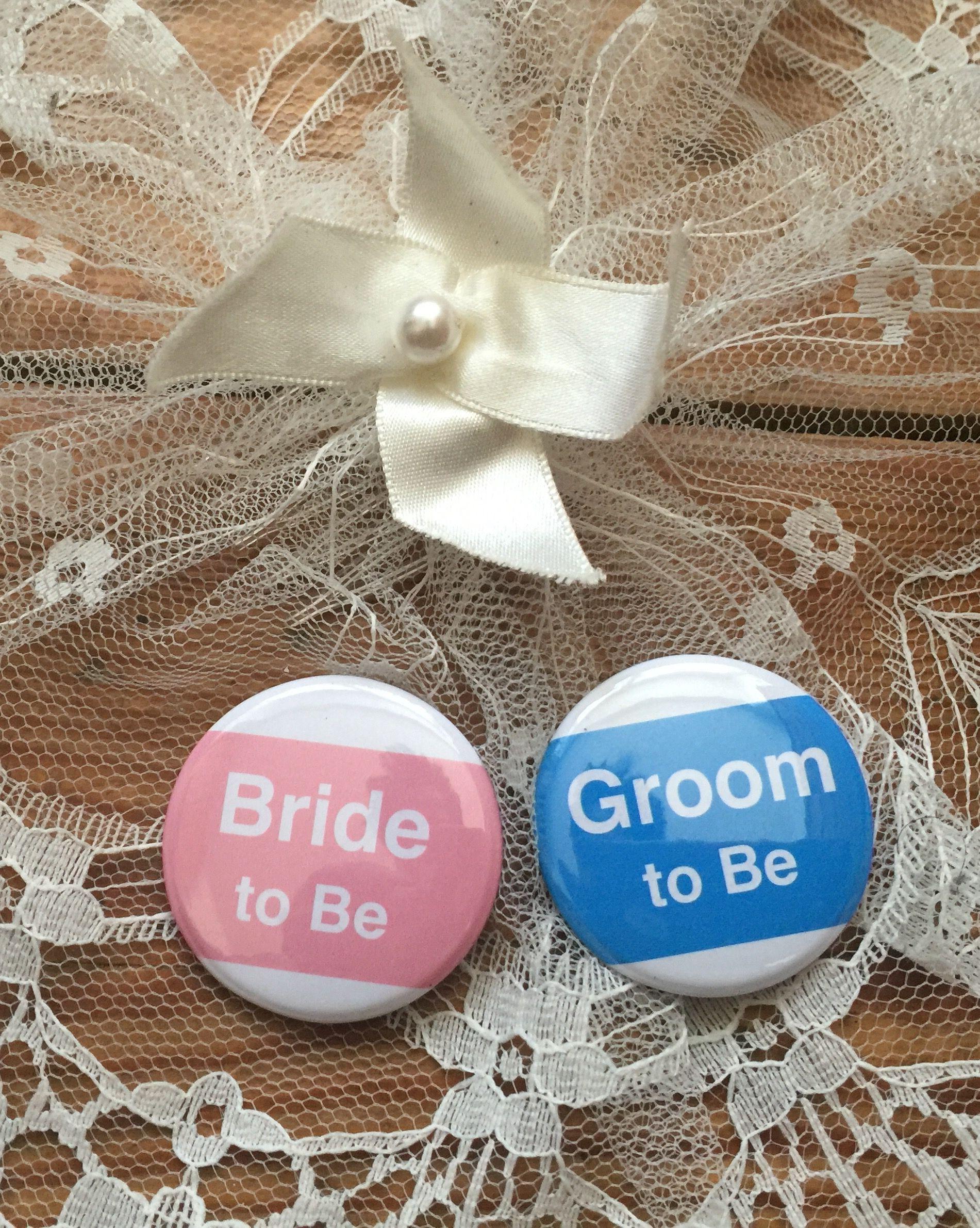 The Bride & Groom 2B, Muffin ink Wedding badges
