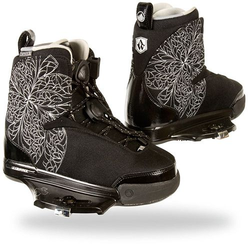 WAKEBOARD/ KITE GEAR WE <3 : 2014 liquid force wing boots